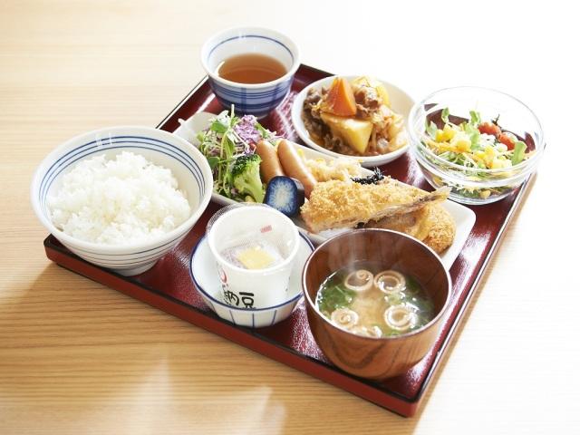 【朝食】健康和朝食のビュッフェ