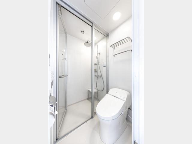 客室内浴室(シャワーブース)