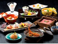 「伊勢海老と春雨の中華風土鍋付き創作料理 一例