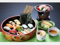 お子さま寿司会席(一例)*季節によって変わります