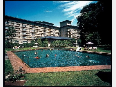 西村屋ホテル招月庭