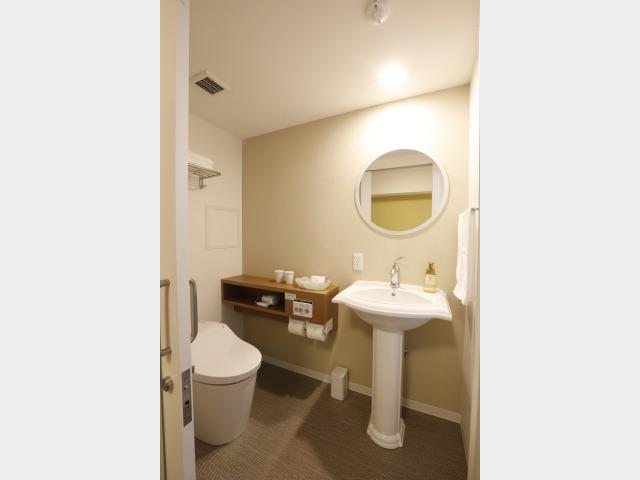 客室一例 洗面台(セパレート)