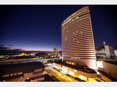 神戸ポートピアホテルの外観