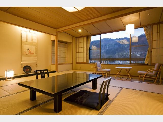 客室一例(東山閣 露天風呂付和室)
