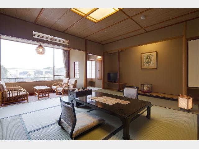 客室一例 飛天 和室