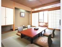 客室一例 楽天楼