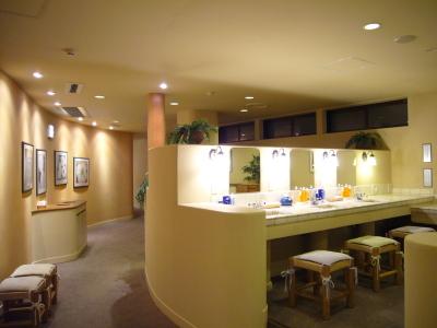 化粧室(パウダールーム)