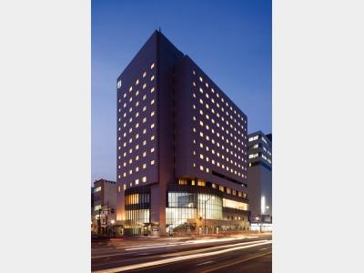 広島東急REIホテルの外観