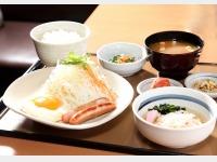 目玉焼き朝食(1階 やよい軒)