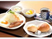 洋朝食(1階 やよい軒)