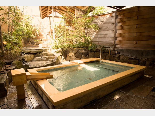 03 日本の宿 露天風呂(女湯)