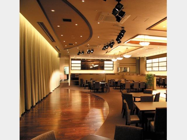 レストラン(鶴翔)
