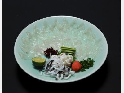 夕食イメージ(河豚刺し)