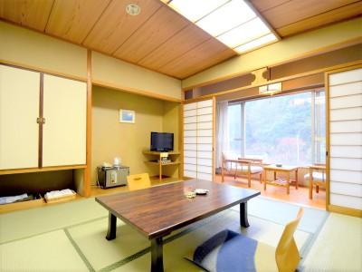 客室一例(西館 和室)