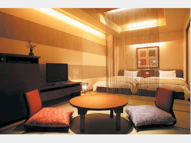 花湯館 展望風呂付和洋室一例