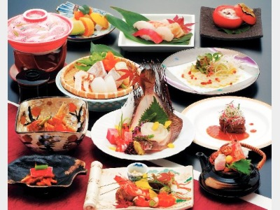 夕食一例(旬菜会席)
