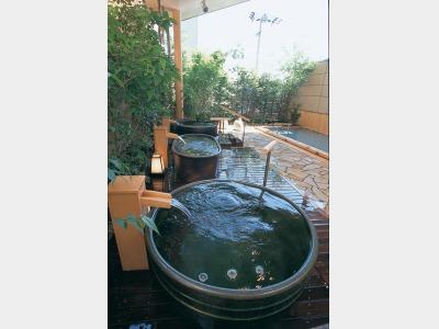 露天風呂「ゆのね」左の湯