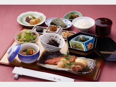 【朝食】日本料理 松風「はかた和朝食膳」