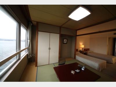 客室一例 和洋室 和室部分