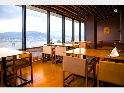 レストラン「秋月」 ガーデンスイート、オーシャンスイートのお客様の朝食会場