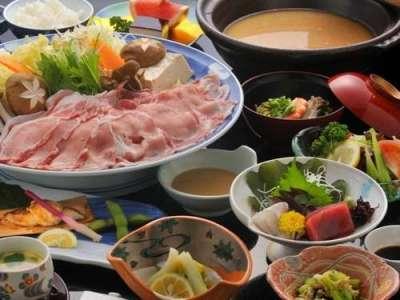「豊後豚のしゃぶしゃぶ」夕食一例