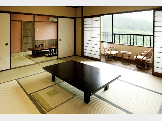 客室一例(内風呂付和室)