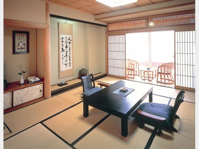 客室一例 和室10畳
