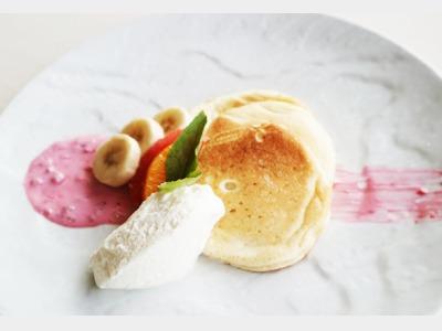 朝食|まな卵を使った特製パンケーキ