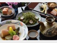 日本・琉球・中国料理 泉亭 琉球料理イメージ