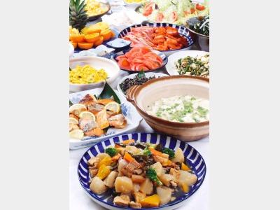 旬の食材を使った沖縄料理