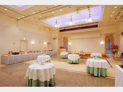 立食パーティー会場「パレスコート」最大130人収容可能