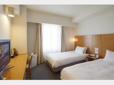 客室一例 エコノミーツインルーム 広さ:18.6㎡ ベッド:110㎝×200㎝