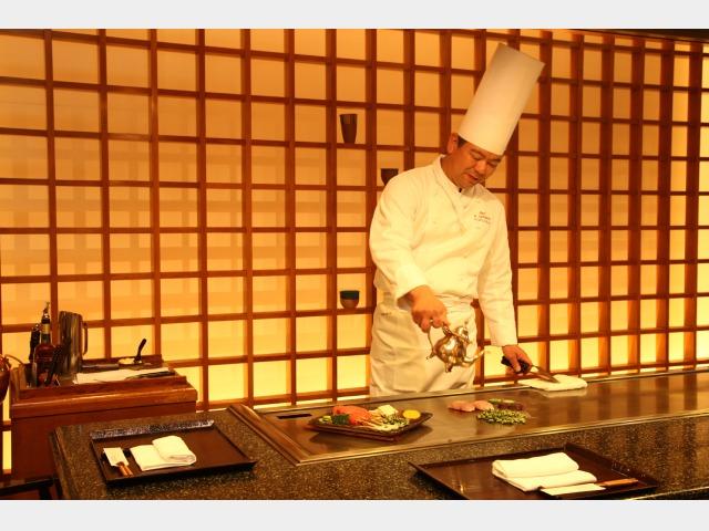 鉄板焼き「護佐丸」ブランチ(完全予約制)・夕食営業