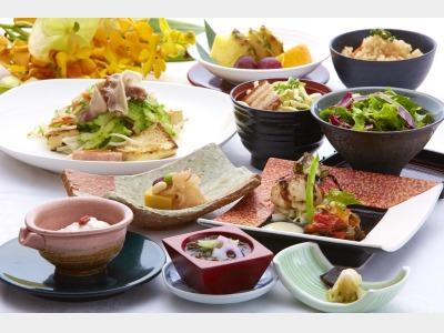 夕食一例 和琉創作コース
