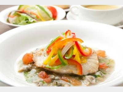 白身魚のポワレ(イメージ)