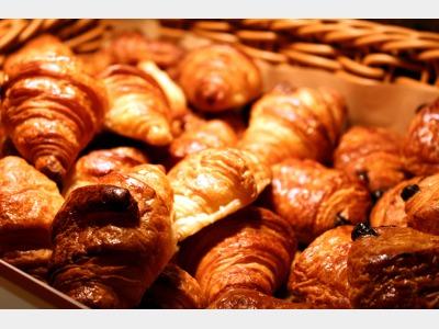 朝食|和洋バイキング 毎朝焼き立てのベーカリー