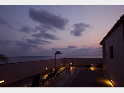 【スターダストテラス】ホテル屋上にある星空展望テラス