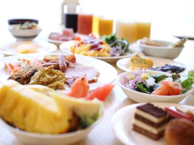 【朝食イメージ】40種以上の和洋バイキング形式でご用意