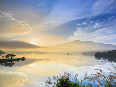 【関空発】阿里山の日の出と日月潭の夕景!台湾周遊4日【絶景】