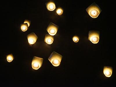 【関空発】夜の十分・天燈上げ体験+九份+台北3・4日【観光付き】