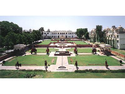 【成田発】日本航空利用!宮殿ホテル・ジャイマハール・パレスに泊まるインドゴールデントライアングル【体験インド】