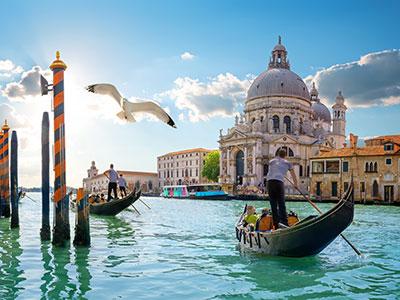 【成田発】ベニスでのゴンドラ乗船&ローマ市内観光付き!イタリア人気3都市周遊8日【充実!】