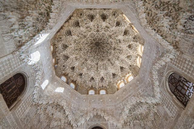 アルハンブラ宮殿のムカルナス