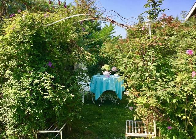 ガーデンとテーブル