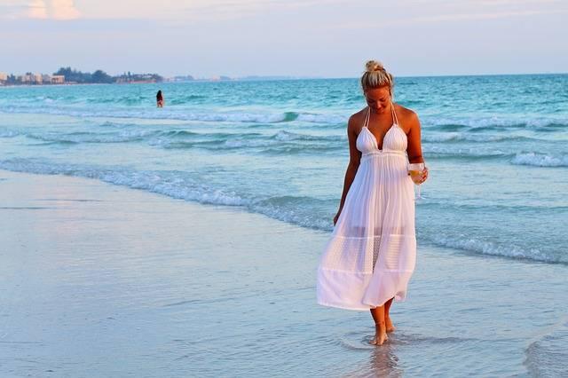 Niña Bonita Playa Mar Lado Del · Foto gratis en Pixabay (48486)