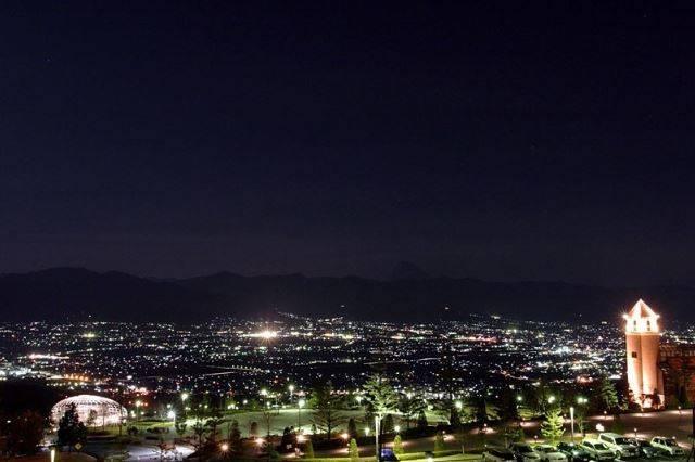 フルーツパーク富士屋ホテルからの夜景