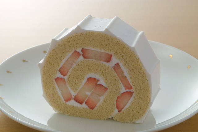 季節のロールケーキ いちご