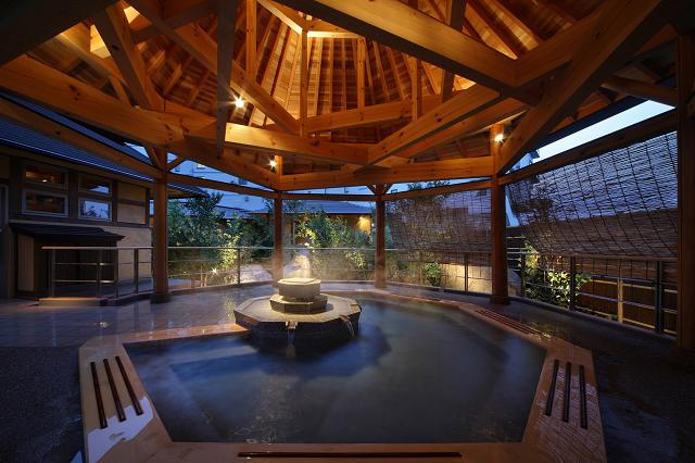 露天風呂(南部曲り家の湯)