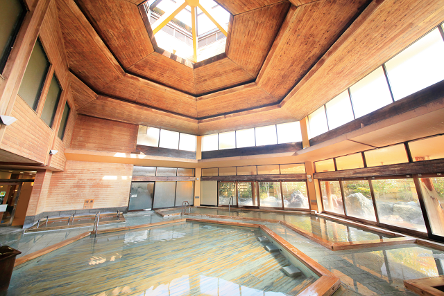 大浴場(六角ひのき風呂)