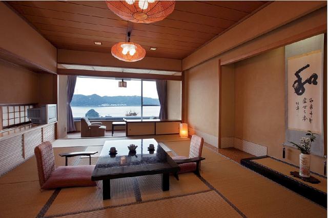 客室一例(海側のお部屋)